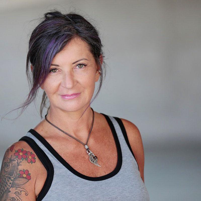 LuNa Schmidt - Tantra Yoga Training